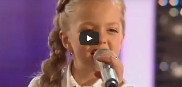 Die 11-Jährige versucht sich an einem schwierigen Song – Sekunden später ist das Publikum sprachlos