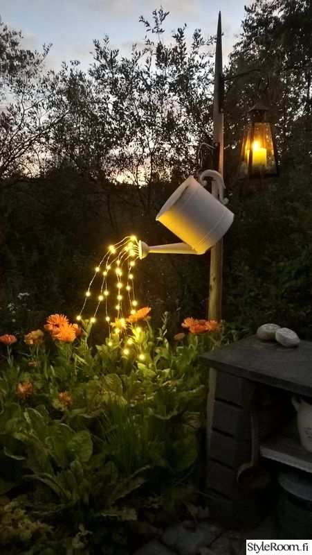 Neben der Bewässerung der Pflanzen, kann eine Gießkanne für viel mehr lustige Sachen genutzt werden!