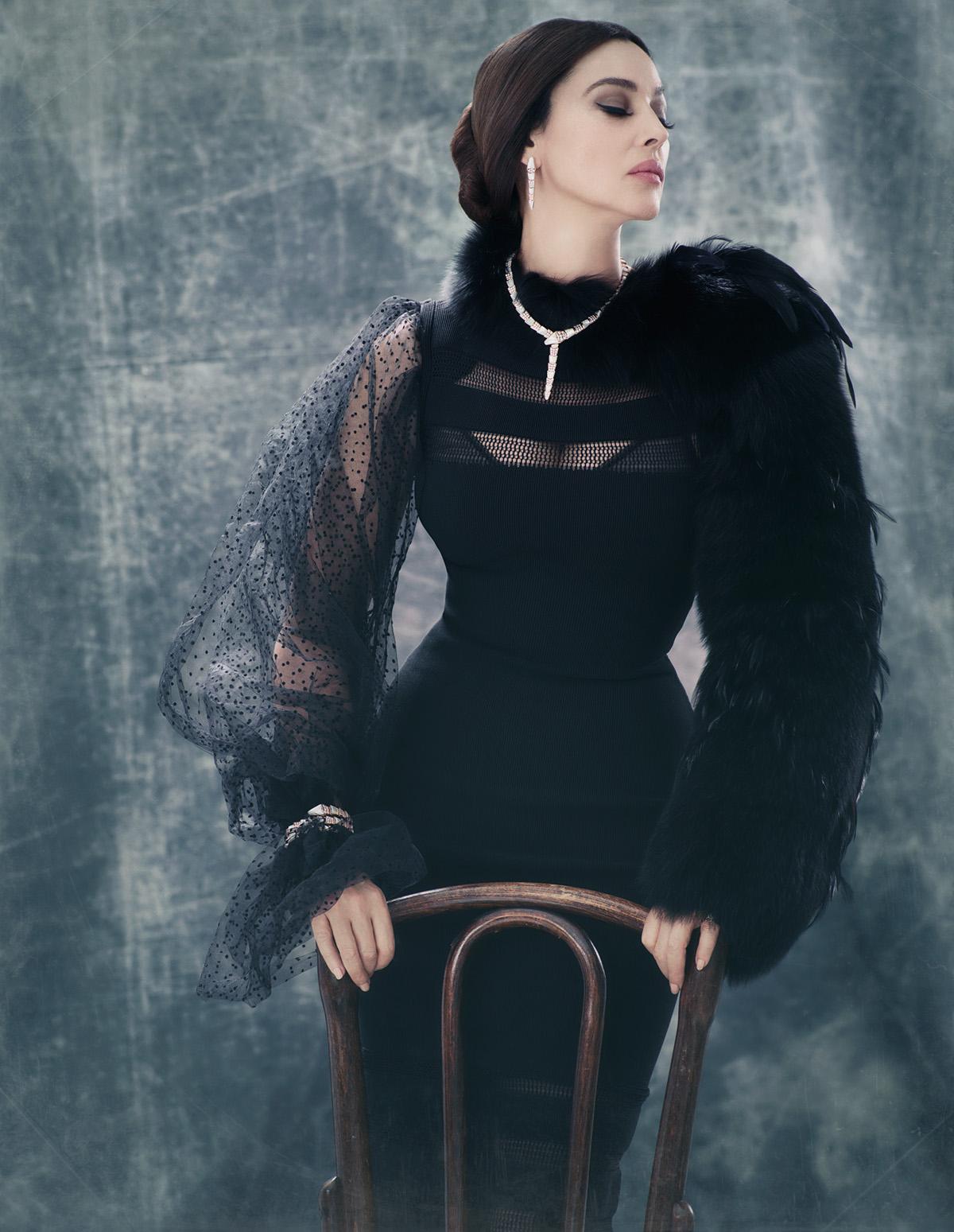 Prächtige Monica Bellucci begeisterte den Bewunderer mit einem neuen Fotoshooting.