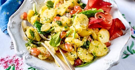 Lunchtime-Kartoffelsalat mit Pesto
