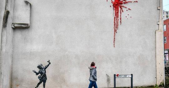 Zum Valentinstag: Neues Werk von Banksy in Bristol entdeckt