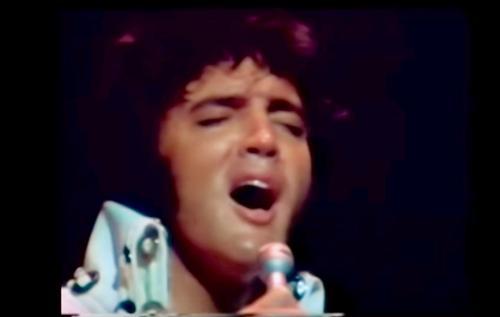 Elvis' Cover von