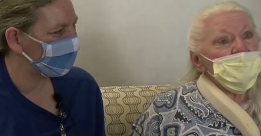 Glücklicher Zufall Schwestern finden sich nach 53 Jahren wieder – dank  Corona