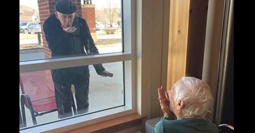 Das Geheimnis ewiger Liebe 70 Jahre verheiratet: Rentner besucht Ehefrau jeden Tag im Pflegeheim