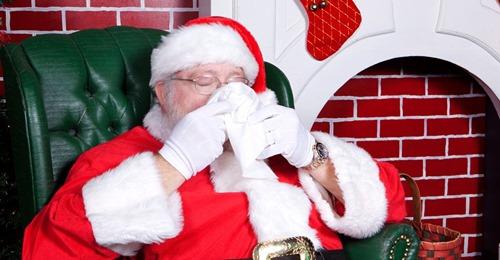 Nach Fotoshooting mit Kindern Weihnachtsmann und Ehefrau erkranken an Corona