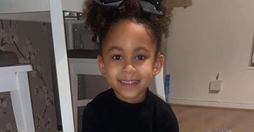 Kleine Heldin Fünfjährige nutzt Zahnfee Geld, um Obdachlosen zu helfen