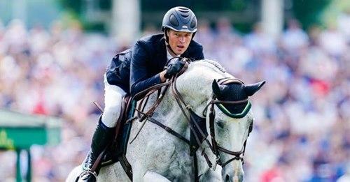 Vor Turnierstart in KatarHerpes-Virus bedroht Reitsport: Bereits vier deutsche Pferde an Krankheit gestorben