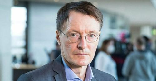 Karl Lauterbach Der SPD-Gesundheitsexperte wurde mit AstraZeneca geimpft