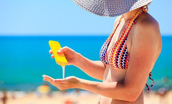 Hausmittel gegen Sonnenbrand: Diese Tipps & Tricks helfen