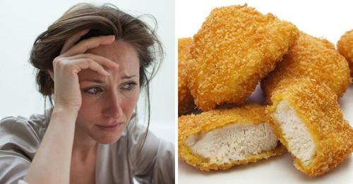 Vegane Mutter ist wütend, nachdem ihr Ex-Mann ihrer Tochter Chicken-Nuggets zum Essen gab